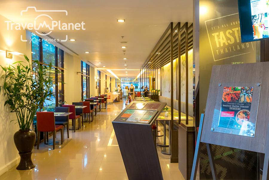 Seafood buffet dinner IBIS Bangkok Riverside รีวิว