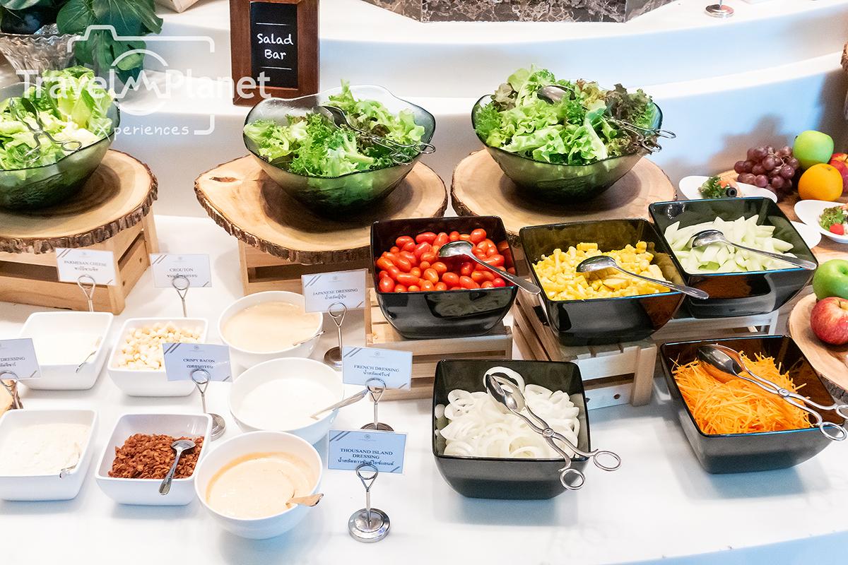 ห้องอาหารเดอะ เบอร์เคลีย์ ไดนิ่ง รูม โรงแรมเดอะ เบอร์เคลีย์ ประตูน้ํา - Salad Bar