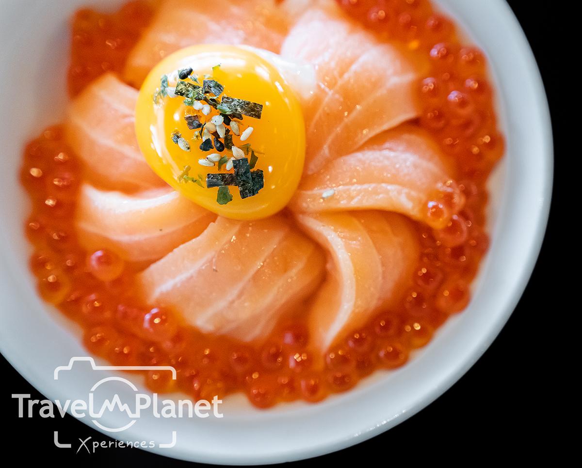 Sunday Brunch Novotel Bangkok Siam Square - Salmon Don