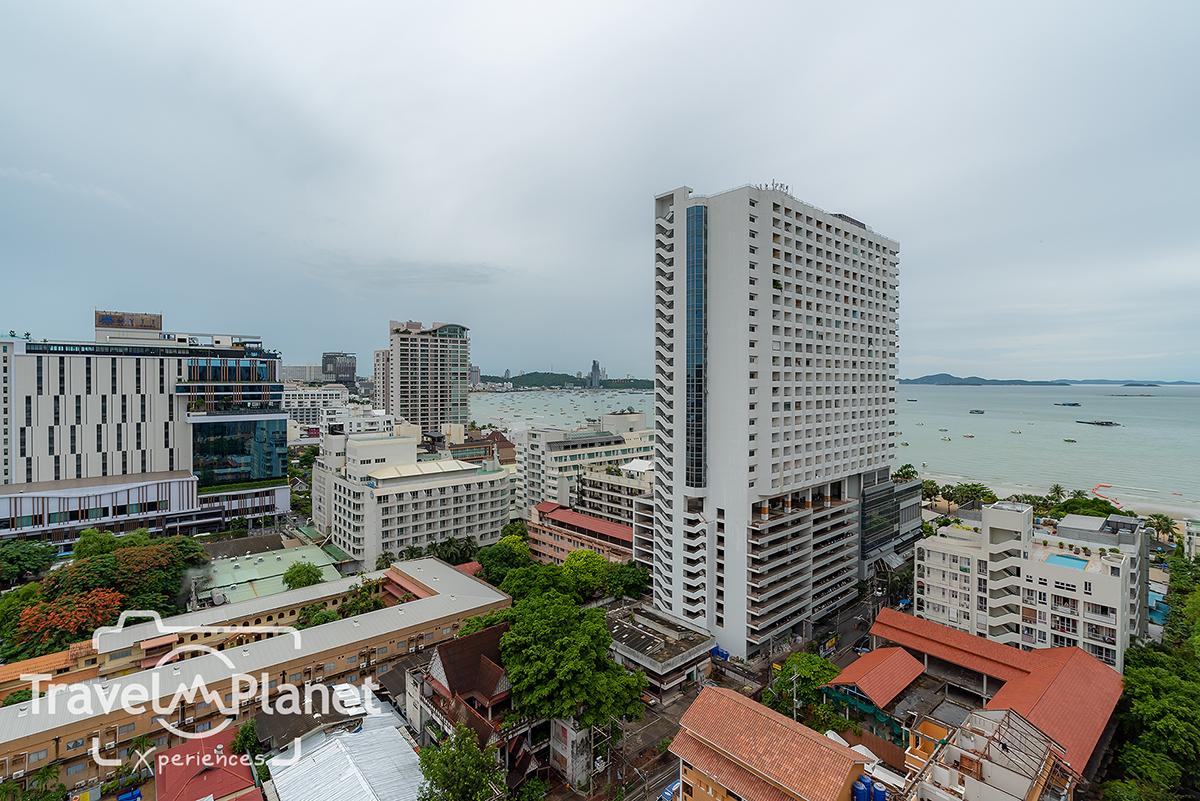 โรงแรมเมอร์เคียว พัทยา โอเชี่ยน รีสอร์ท -Mercure Pattaya Ocean Resort M Lounge