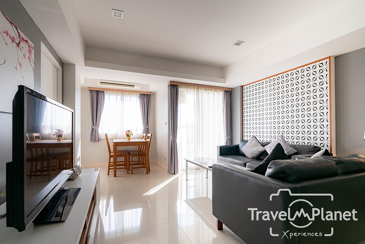 RACHA residence - Executive Suite 2 Beds Room