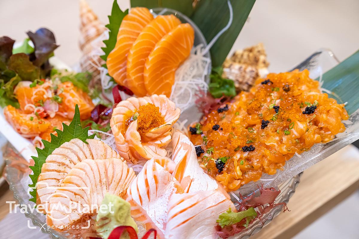Nama Sushi ร้านอาหารญี่ปุ่น ราชประสงค์ - Salmon Crazy Sashimi Set